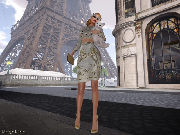 Jeanie Paris Hilton-01a